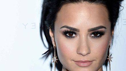 Demi Lovato arremete contra Taylor Swift
