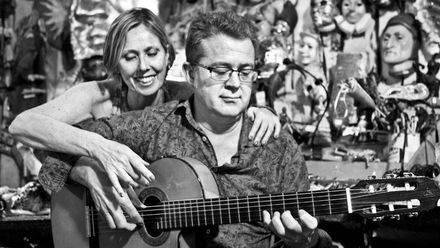 Mixtape: ¿Qué música escucha Marta y Micó?