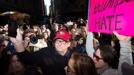 Michael Moore y su órdago a Donald Trump