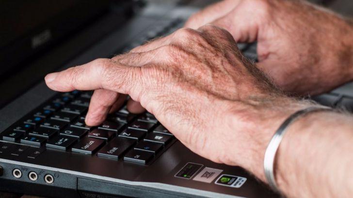 """Diferentes profesionales experimentan lo que es vivir """"Un día con artritis"""""""