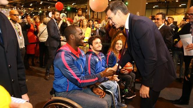 Pedro Sánchez mejorará los derechos de las personas con distintas capacidades