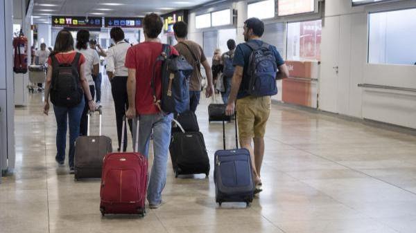 'Corredores de emergencia' para mitigar el impacto del coronavirus sobre el turismo