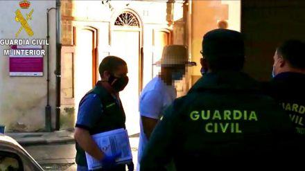 Nacho Vidal en libertad tras comparecer en el juzgado en una causa por homicidio imprudente