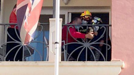 Un menor de dos años queda atrapado en la barandilla de un hotel en Alicante