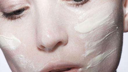 Tips para cuidar tu piel ante los efectos de las mascarillas