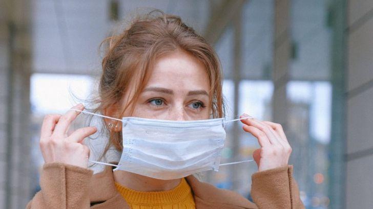 Consumo amplía las exigencias para la venta de mascarillas higiénicas y regula las que permiten la lectura labial
