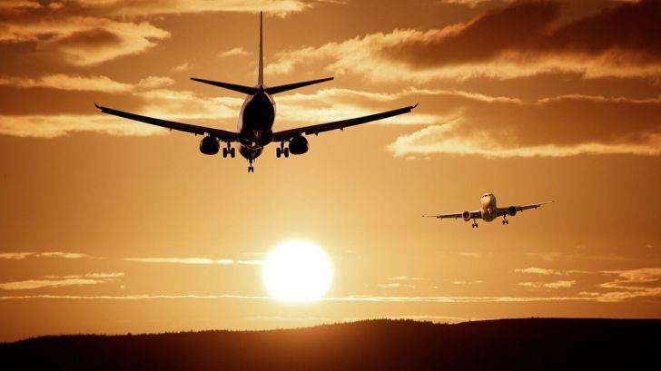 El tráfico de viajeros en los aeropuertos españoles no termina de despegar