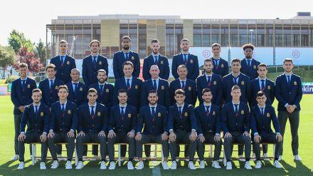 Unidos por la Selección: así luce la delegación española en la Eurocopa con el nuevo traje oficial