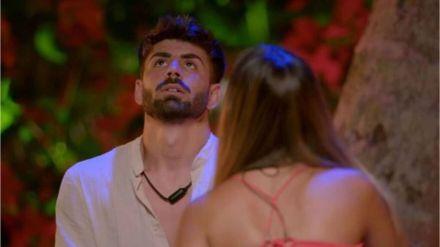 Isaac 'Lobo' y Lucía en su hoguera de confrontación en 'La última tentación'