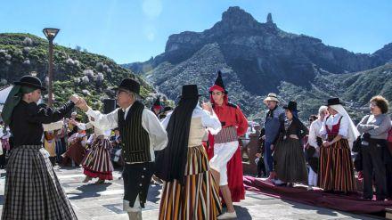 Fiestas del Almendro en Flor de Tejeda (Gran Canaria)